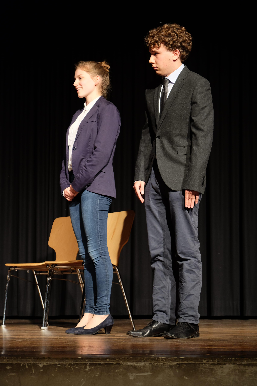 Herr Hansen und seine Töchter - Schiller-Gymnasium