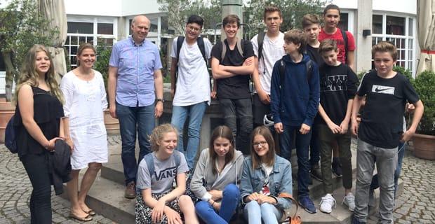 Schiller Gymnasium Schüler Besuchen Den Lern Gedenkort Jawne In Köln